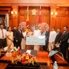The employees under the Posts, Postal Services and Muslim Religious Affairs Ministry donated their oneday salary towards the National Kidney Fund